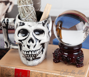Burr Ridge Antiqued Skull Mug